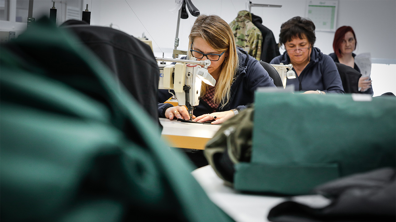 The rigorous manufacturing process op Flecktarn.