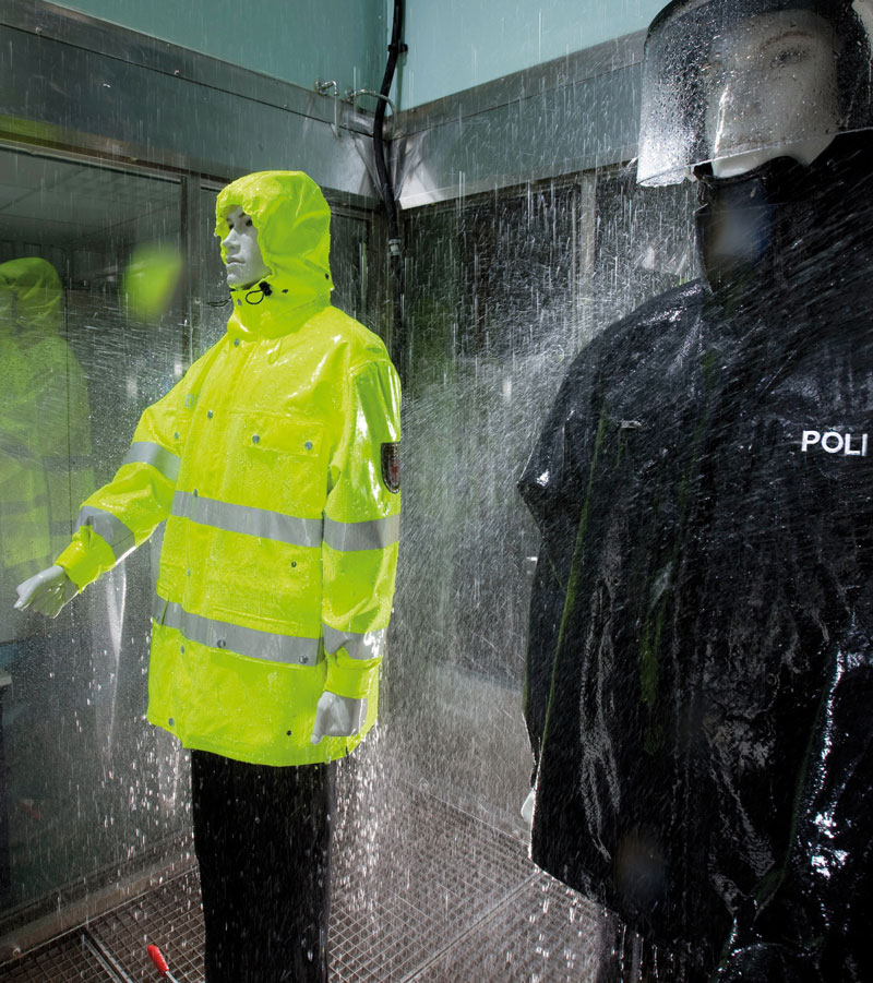 Testing waterproof garments