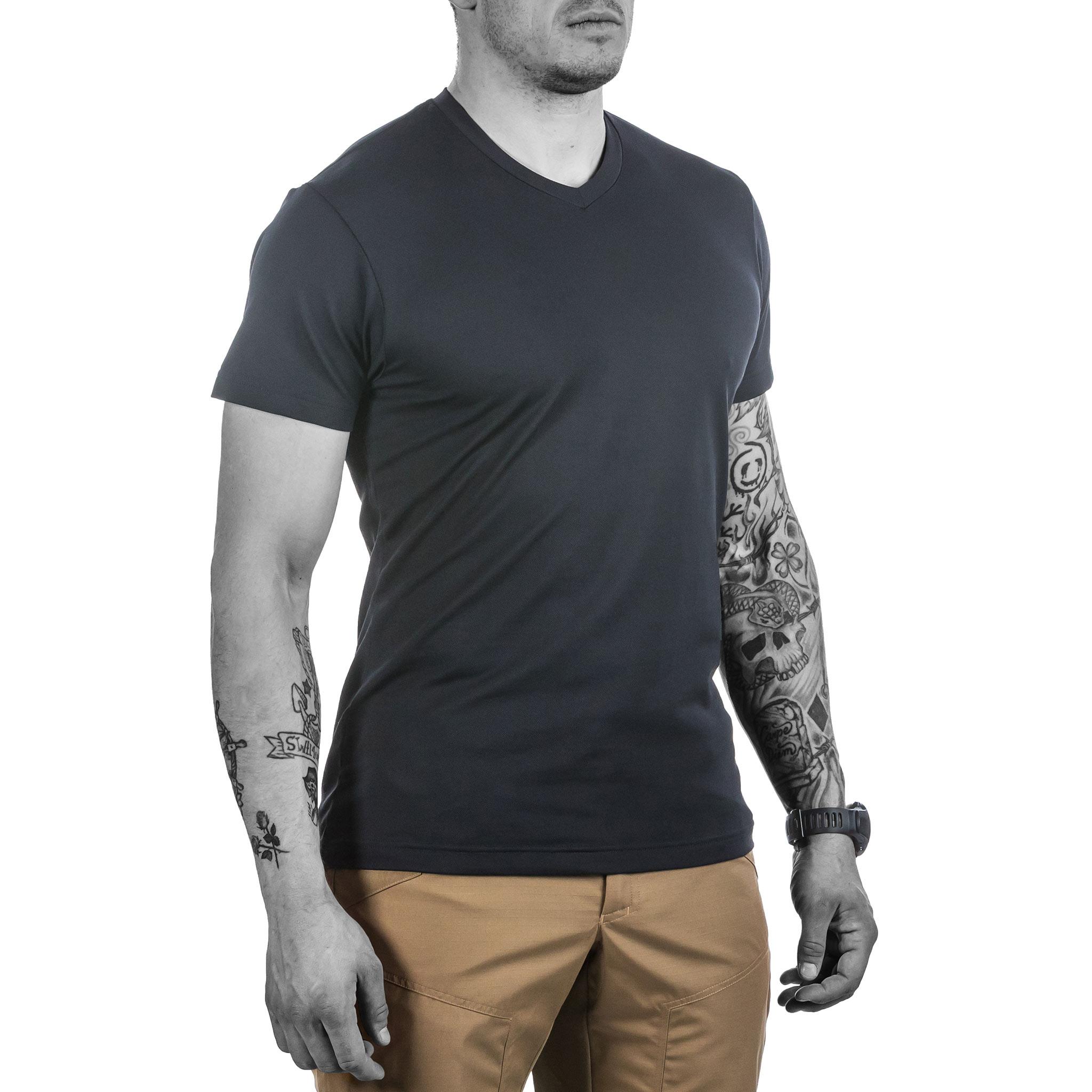 competitive price 86927 9890c Urban T-Shirt